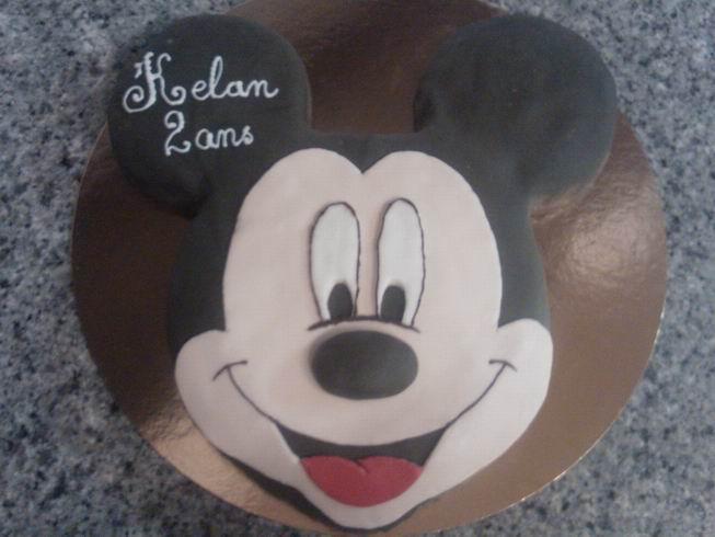 Gateau anniversaire mickey pate a sucre oise 60