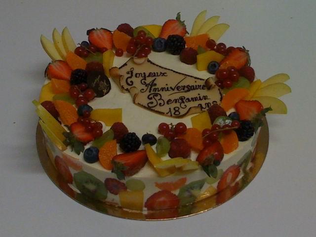 gâteau d'anniversaire fruits pâtisserie oise